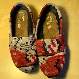 Tom's Aztec print flat shoes